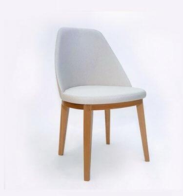 silla de madera tapizada en diseño contemporaneo