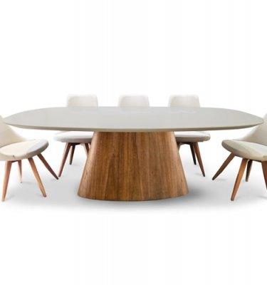 mesa de comedor tapa ovalada color seppia con base de Eucalipto