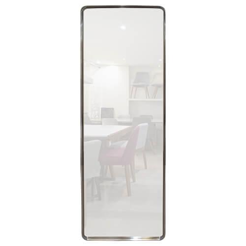 Espejo con marco de acero de esquinas curvas